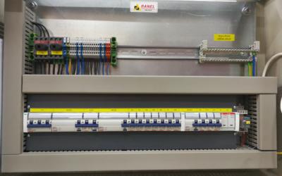 Izrada i opremanje elektro razvodnog ormara za stambenu zgradu RG2